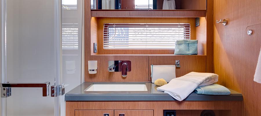 Oceanis Yacht 62 - New
