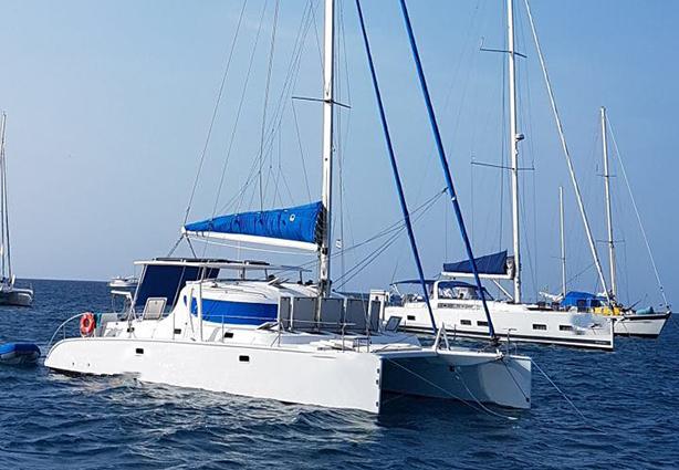 Catamarã Pérola 38 2014